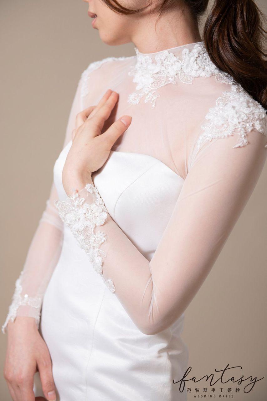 蕾絲長袖緞面魚尾白紗