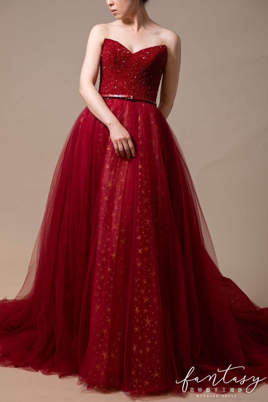 星紗裙擺紅色晚禮服